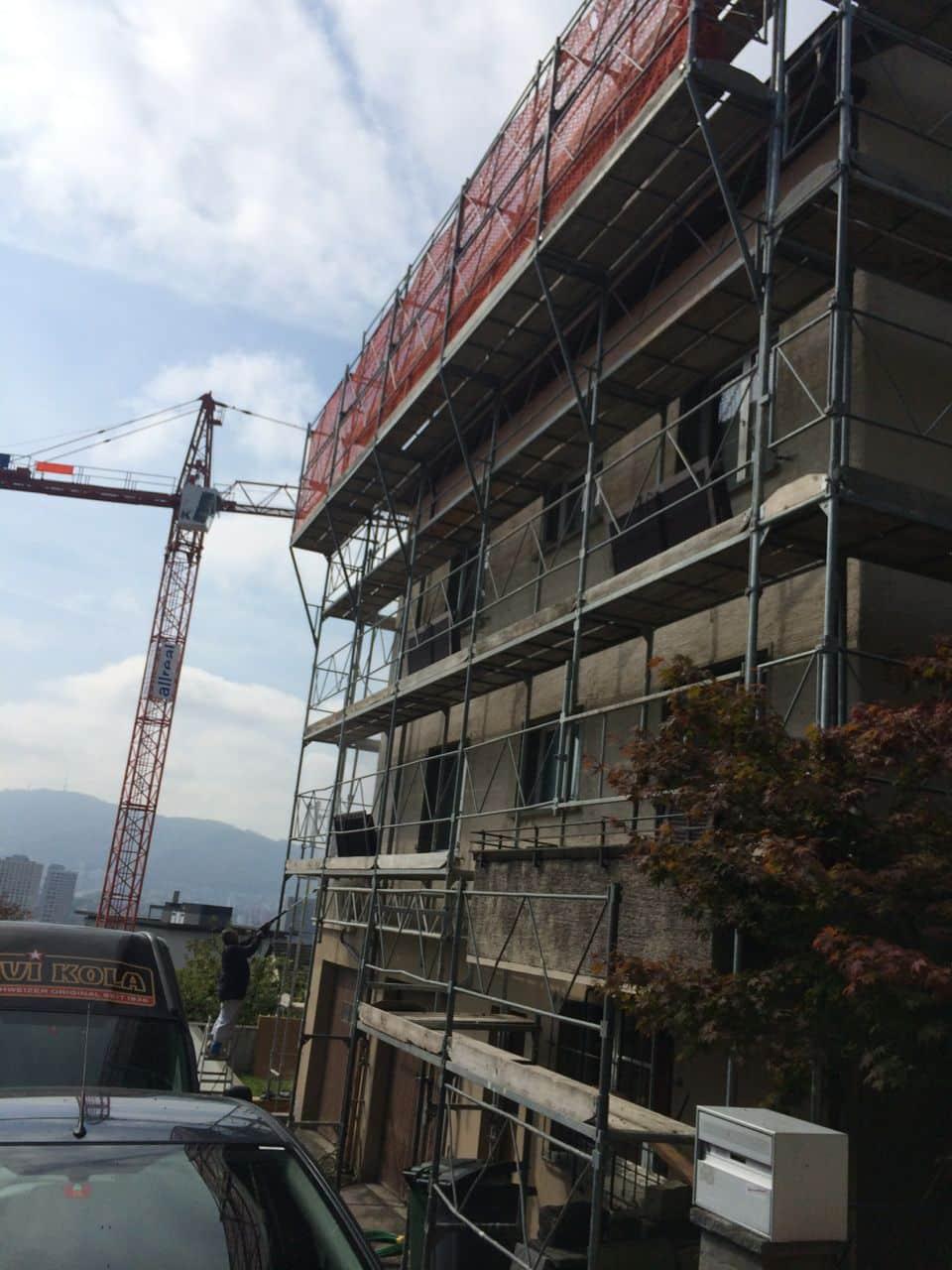 Fassadensanierung von Dein Maler Zürich Gerüst