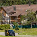Haus renovieren: Fassaden & Holzarbeiten im schönen Tössthal