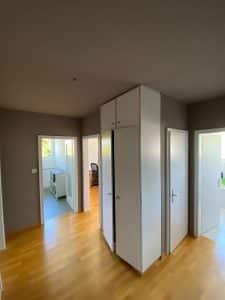 Zimmer streichen mit farbiger Akzentsetzung_Flur