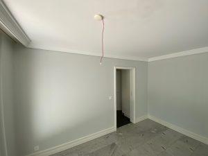 Wohnung in Off-White renovieren bringt einen schönen Kontrast